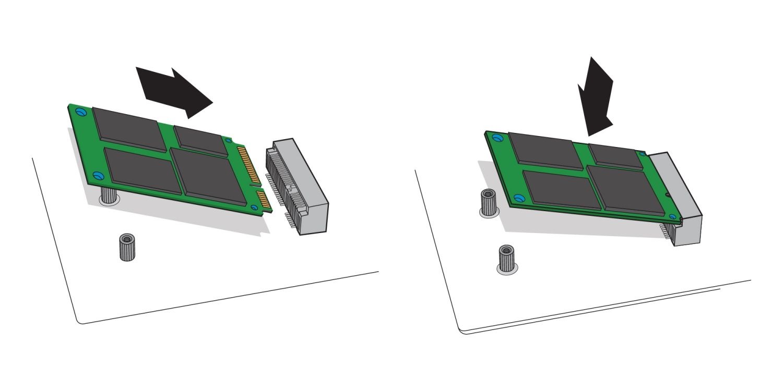 mSATA SSD 드라이브를 데스크톱 컴퓨터 마더보드에 위치한 mSATA 소켓에 삽입하는 방법을 보여주는 예시입니다.